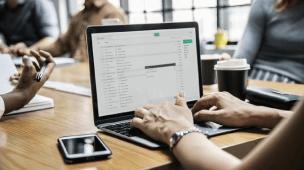 Como criar lista de email