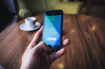 Como vender no Twitter: 8 maneiras de disparar suas conversões