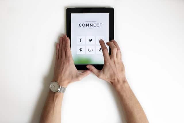 Como ampliar as vendas conectando um CRM nas redes sociais