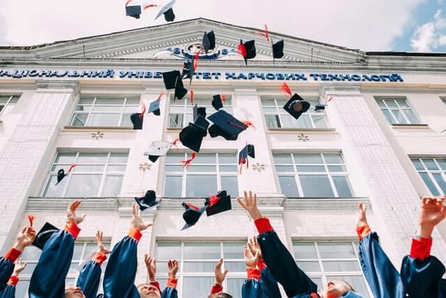 Estratégias de marketing para universidades: 5 dicas para conquistar e reter mais alunos